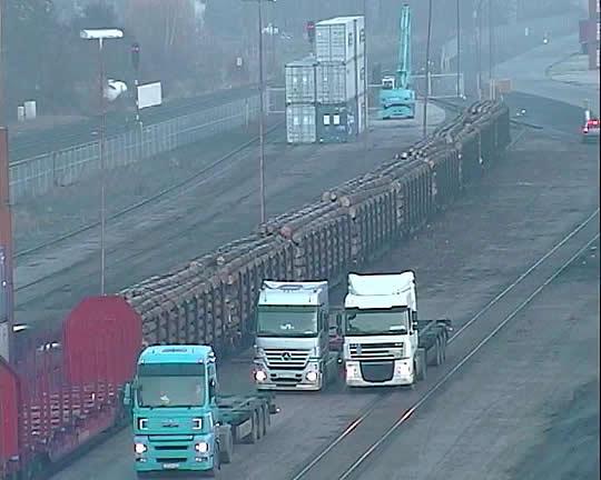 Holztransporte der Interforst GmbH per Bahn
