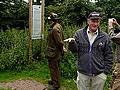 """Dr. Hammer vom Deutschen Forstverein bei der Exkursion des Forstamtes Hilchenbach in Baden-Baden zum Thema """"Tubex-Verbissschutz"""""""
